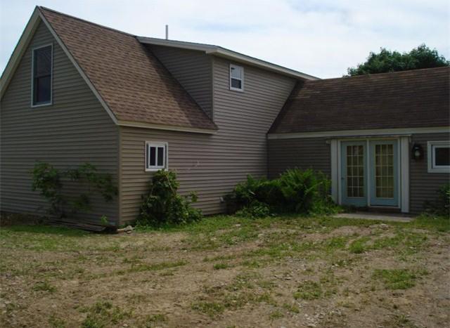 617B Fuller Rd back yard