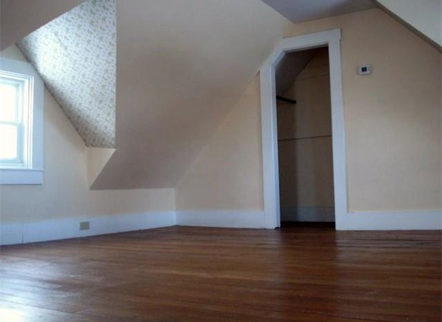 617B Fuller bedroom