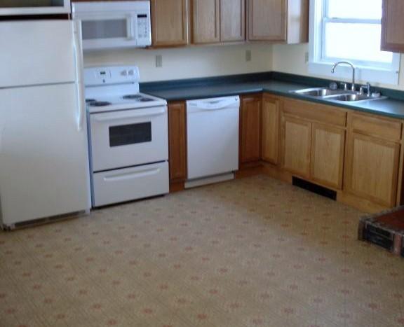 617B Fuller Rd kitchen