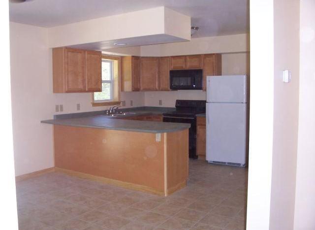 Brainard kitchen