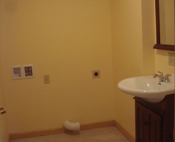 Brainard half bathroom